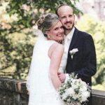 Kristina und David bei ihrer Hochzeit auf dem Hohen Darsberg